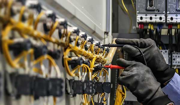CONSENSE | Elektrotechnik & IT