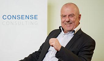 CONSENSE Team — Portrait von akad. Vkfm. Ing.  Ernst Podolsky