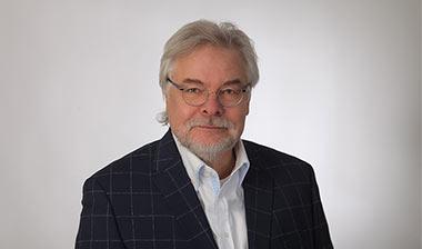 CONSENSE Team — Portrait von akad. Vkfm. Ing. Herwig Kuebel